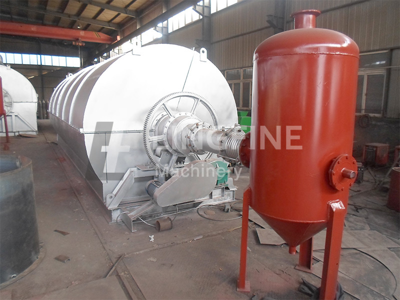 Vietnam 36m3 Waste Plastic And Waste Tyre Pyrolyis Plant